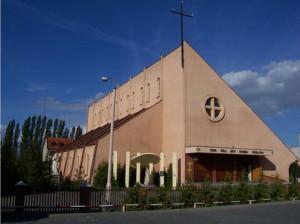 Kościół MBNP wMogilnie - widok odstrony południowej